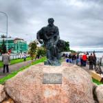 Рыбинск - Скульптура «Бурлак»