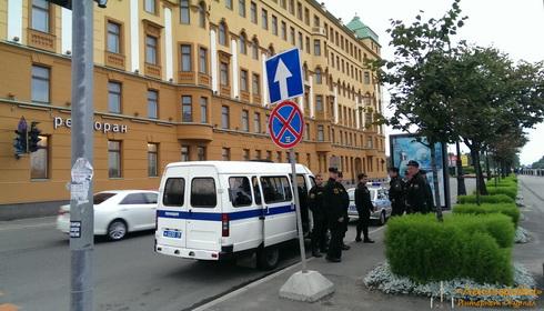 Полиция нарушает ПДД